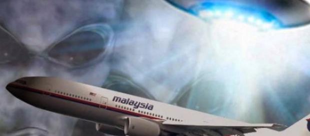 Los alienígenas pudieron haber desaparecido el vuelo de Malasia Airlines