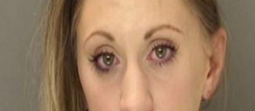 Mujer acusada de matar a su bebe con leche materna