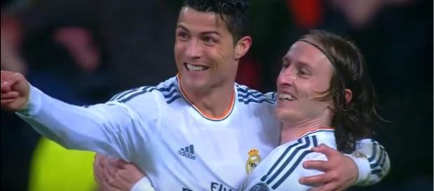 Cristiano Ronaldo e Modric [Imagem via YouTube]