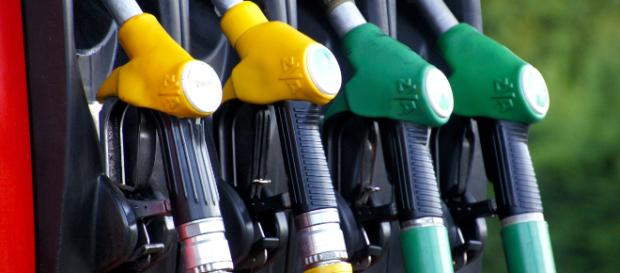 Utilizar o veículo corretamente pode ajudar a economizar combustível