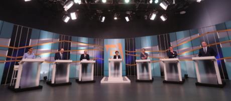 Debate reuniu seis candidatos e teve três ausências.