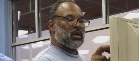 Geoffrey Owens was job-shamed for his job at Trader Joe's but now has a TV role. [Image Inside Edition/YouTube]