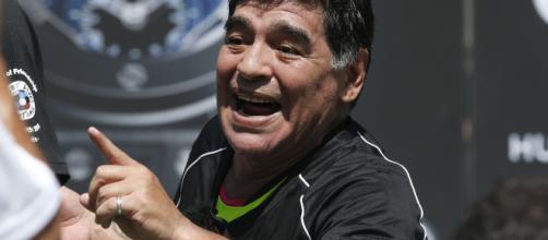 Diego Armando Maradona volverá a dirigir un equipo de futbol
