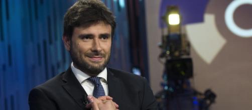 Di Battista non fa sconti alla Lega sui 49 milioni di euro da restituire
