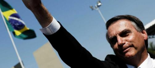 Mesmo após facada, Jair Bolsonaro sobe e lidera pesquisa realizada pela FSB/BTG Pactual - google.com