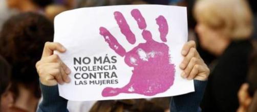 Mujer apuñalada por su expareja en Tenerife: primera víctima ... - losreplicantes.com