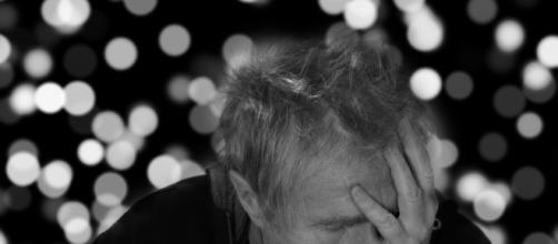 Sonnolenza diurna e morbo di Alzheimer: una possibile correlazione - ultimavoce.it