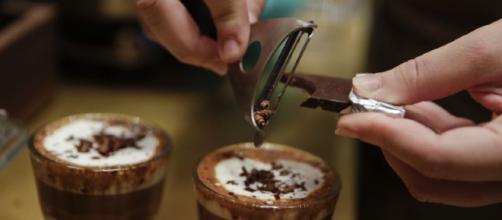 Starbucks abre su primera cafetería en Italia