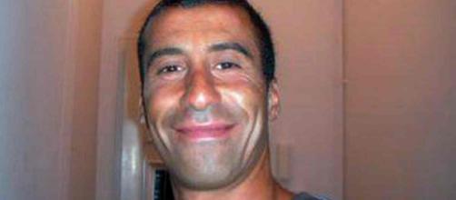 Un migrant de 15 ans arrêté et placé en garde à vue pour avoir craché sur la stèle commémorative d'Ahmed Merabet.