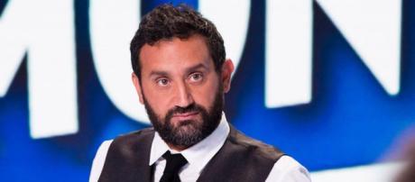 Cyril Hanouna énervé par TF1 pète un plomb en direct dans TPMP.