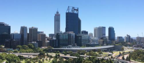 Australia, padre uccide le sue tre figlie femmine, la moglie e la suocera: è accaduto a Perth