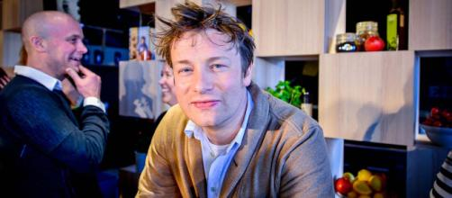 Jamie Oliver has partnered with Tesco to promote healthier eating options to shoppers. [Image Karl Gabor/Wikimedia]