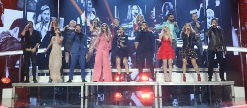 """Los concursantes cantan """"Camina"""" - Completa - RTVE.es - rtve.es"""