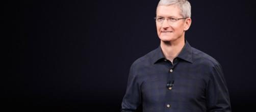 Tim Cook Ceo Apple è lui a presentare i nuovi iPhone Xs