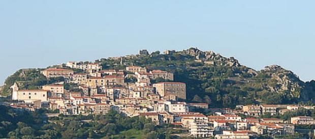 La comunità di Roccagloriosa sconvolta per il duplice lutto