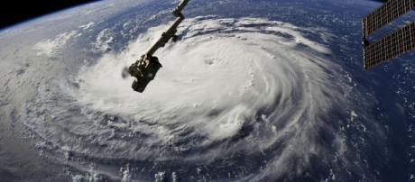 Les États-Unis se préparent pour l'ouragan Florence, ici vu du ciel.