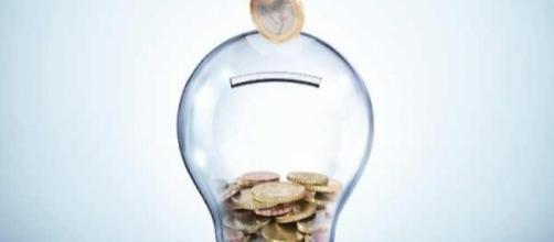 Bonus bolletta luce e gas: pochi lo usano, partono nuove iniziative da conoscere.