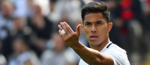 Carlos Salcedo, blessé pour le moment, a voulu évoquer le match à venir entre l'Eintracht Francfort et l'OM