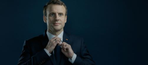 Emmanuel Macron crée un revenu universel d'activité