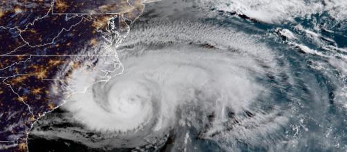 Huracán Florence se degradó a categoría 2. - lanacion.cl