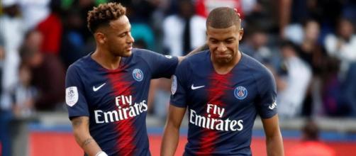 PSG : le Real Madrid a 372M€ pour faire signer Neymar et Mbappé
