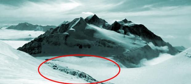 Descubren extrañas estructuras tras derretimiento del hielo en la Antártida