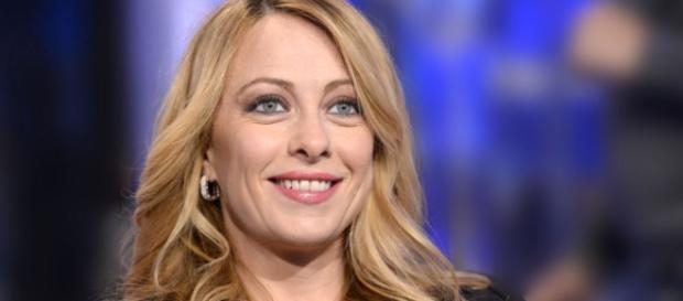 "Giorgia Meloni Nelle Dichiarazioni Di Voto — Vila ""SRBIJA"" - vilbalsrbija.com"