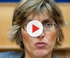 Il ministro della PA Giulia Bongiorno: impronte digitali contro i furbetti del cartellino