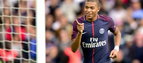 Ballon d'Or 2017 : La liste des 30 nommés et les favoris - Ballon ... - lefigaro.fr