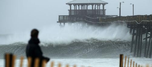 El huracán Florence comienza a dejar víctimas en la costa este de EUA. - rtve.es
