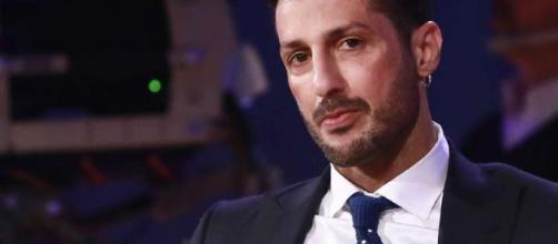 Fabrizio Corona coinvolto in una rissa in un locale milanese.