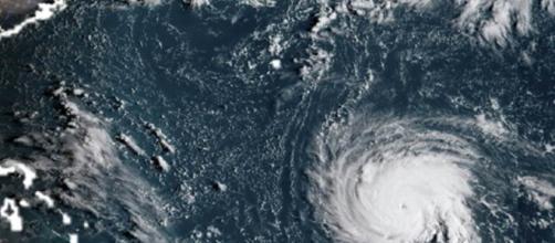 L'ouragan Florence vu du ciel a atteint les côtes américaines