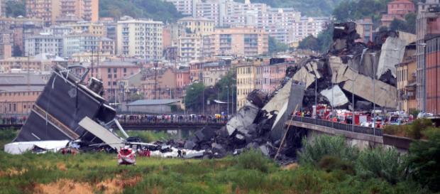 Un mese dopo il disastro, Genova si ferma per ricordare le sue vittime