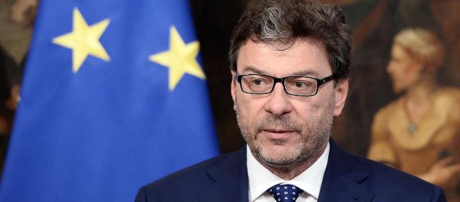 Giorgetti assicura: 'Reddito di cittadinanza, flat tax e riforma pensioni nella Manovra'