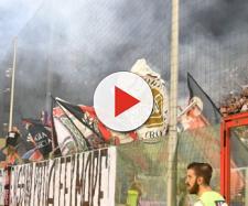 """I tifosi della Curva Sud """"Giorgio Manzulli"""" di Crotone"""