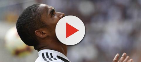 Nachricht Aktuell | Serie A: Spuck-Attacke von Douglas Costa bei ... - nachricht-aktuell.de