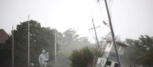 Huracán Florence sigue manteniendo en alerta a las comunidades de la costa atlántida de EUA. - com.gt