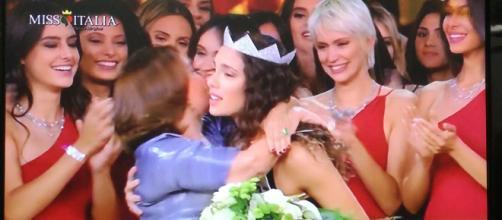 Carlotta Maggiorana incoronata Miss Italia