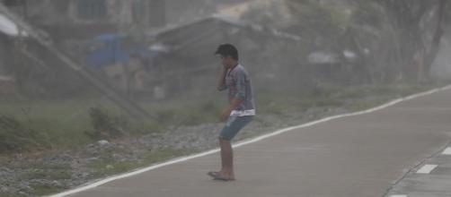 El tifón Mangkhut deja un rastro devastador en Filipinas