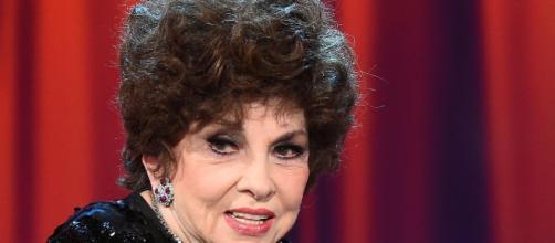 Gina Lollobrigida: a 89 anni ama un uomo di 29 - Libero Quotidiano - liberoquotidiano.it
