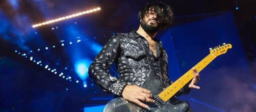 Negramaro, malore per il chitarrista Lele