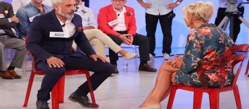 Anticipazioni Uomini e Donne, puntata di oggi: Rocco chiude con Gemma.