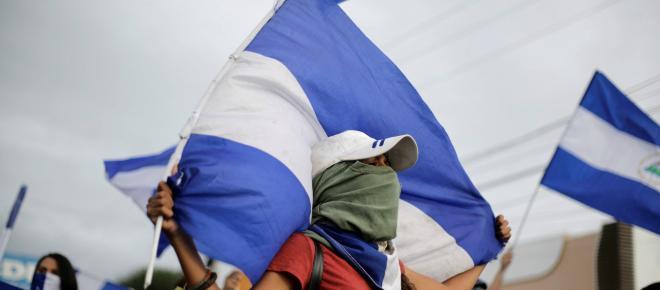 NICARAGUA/ Protestantes marchan en las calles de Managua pidiendo la salida de Ortega