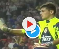 El legendario arquero español subió a su cuenta de Twitter el video de su debut (-captura de pantalla @IkerCasillas)