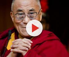 Il Dalai Lama parla dei migranti quasi come Matteo Salvini
