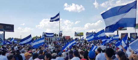 Nueva protesta masiva en Nicaragua para exigir elecciones presidenciales. - ritmoparana.com