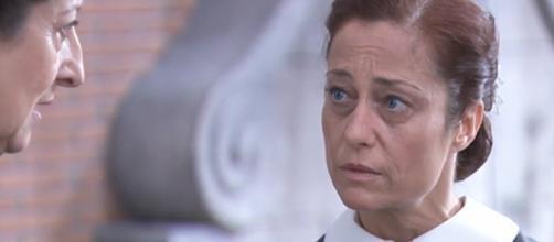 Anticipazioni Una Vita: Ursula minaccia la domestica Carmen
