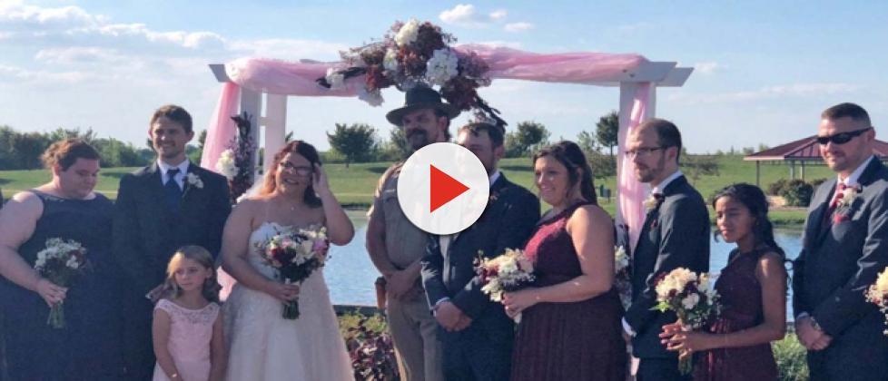 Stranger Things star David Harbour officiates fan wedding as Chief Hopper