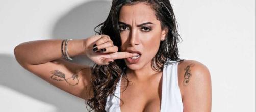 Anitta é alvo de críticas na internet