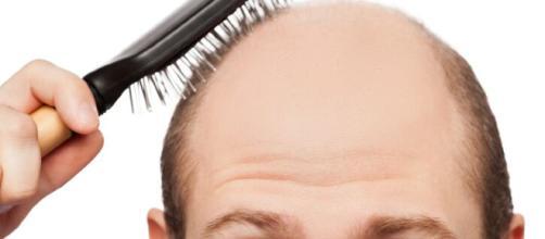 L'odore del sandalo combatte la caduta dei capelli